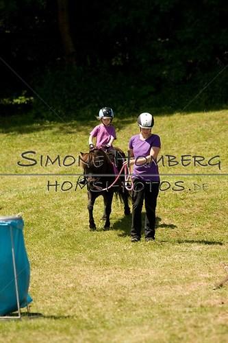 (c)SimoneHomberg_Ponyfest_So_20150607_0088