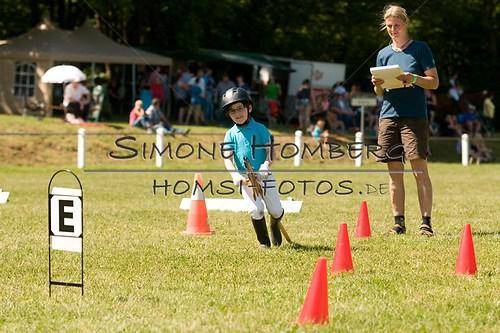 (c)SimoneHomberg_Ponyfest_So_20150607_0369