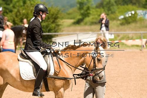 (c)SimoneHomberg_Ponyfest_So_20150607_0205