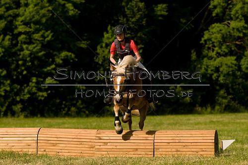 (c)SimoneHomberg_Ponyfest_So_20150607_0510