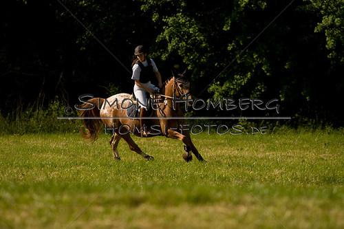 (c)SimoneHomberg_Ponyfest_So_20150607_0532