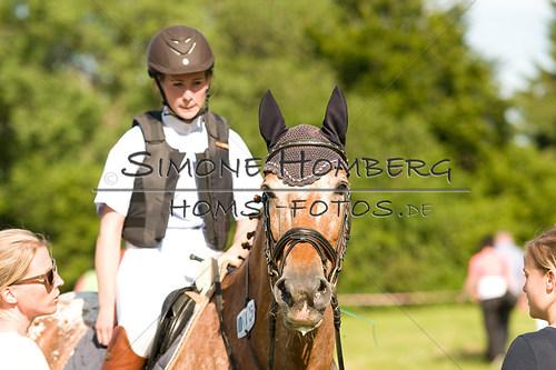 (c)SimoneHomberg_Ponyfest_So_20150607_0566