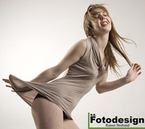 Amateur-Foto-Model-Manon-Luxemburg-Fotostudio
