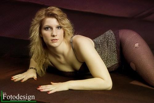 Fotomodel-Kate-Dessous-Sexy-Modelpose-Fotograf-rbfotodesign