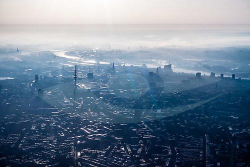 """""""Aerial Hamburg"""" (ZETT_Hamburg_Elbe_5477)"""