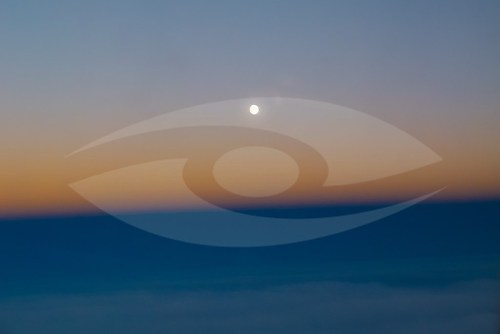 """Distant Sun 0"" (EISLAND_6302)"