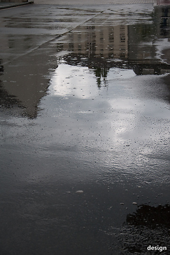 34 Parkplatz im Regen
