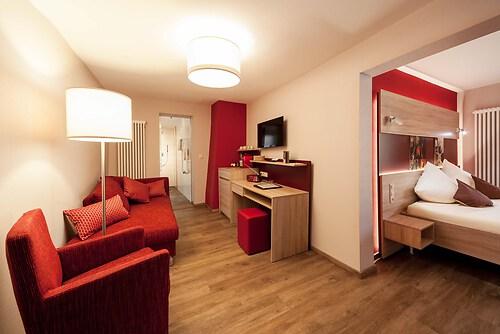 2014-10-02-Scholer-Halfenstube-Zimmer-Dornfelder-3765