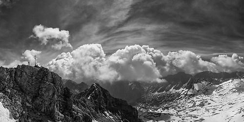 Zugspitze - Gipfelkreuz (b/w)