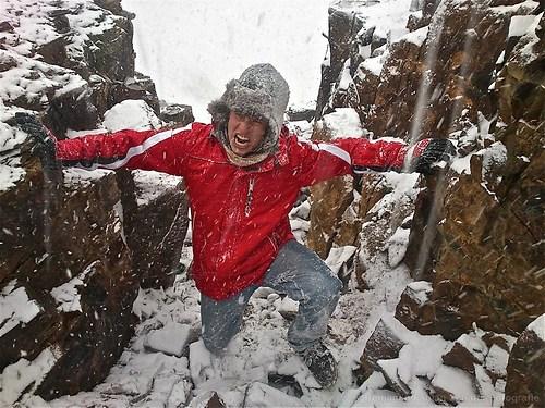 Kampf durch den Schneesturm