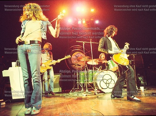 LED ZEPPELIN LIVE 02