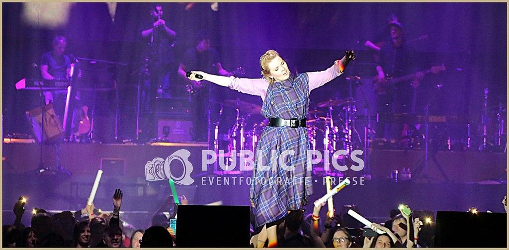 Public_Pics_Slider1