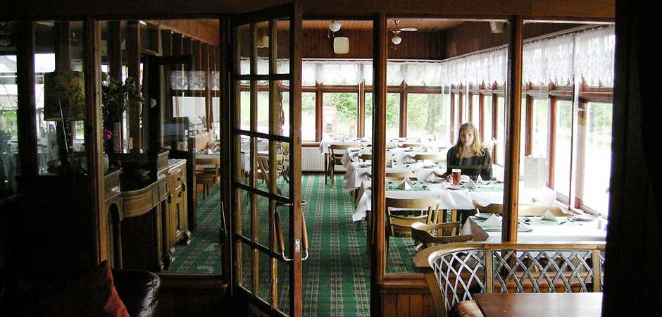 Waiting for Waitress (Scotland, 2008) #0884  