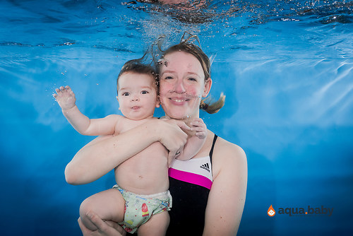 aqua.baby_babyschwimmen_fotografie_deutschland_arjen_mulder-56