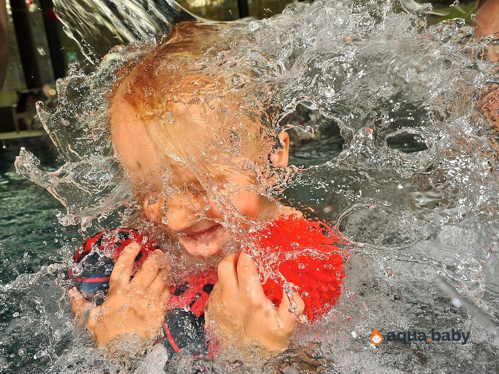 aqua.baby_babyschwimmen_fotografie_deutschland_arjen_mulder-61