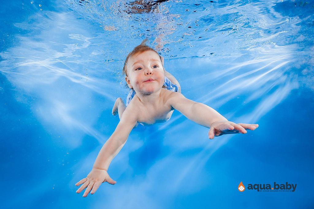 aqua.baby_babyschwimmen_fotografie_deutschland_arjen_mulder-107