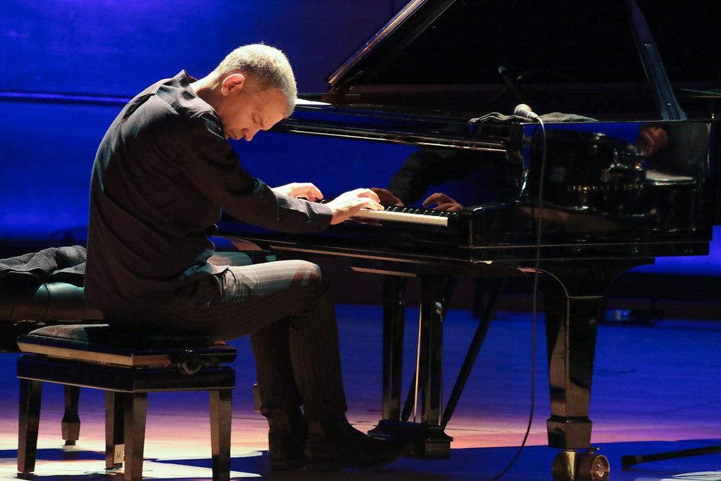 Brad Mehldau Trio (fotonick--1077) | Brad Mehldau Trio-Foto Axel Nickolaus | fotonick Kiel