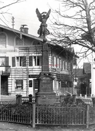 Kriegerdenkmal Friedensengel Marktplatz an der Kirche 1876 Kopie