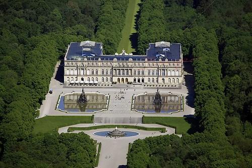 Herrenchiemsee und Schloss Herrenchiemsee (Schloss Herrenchiemsee Luft-26-0509)