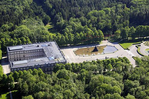 Herrenchiemsee und Schloss Herrenchiemsee (Schloss Herrenchiemsee Luft-31-0509)